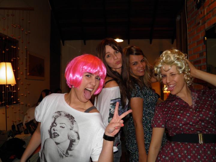 Minhas amigas + minhas perucas = diversão!