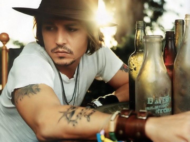 Eu PROVAVELMENTE nunca vou casar com o Johnny Depp, mas isso não me impede de sonhar, né?