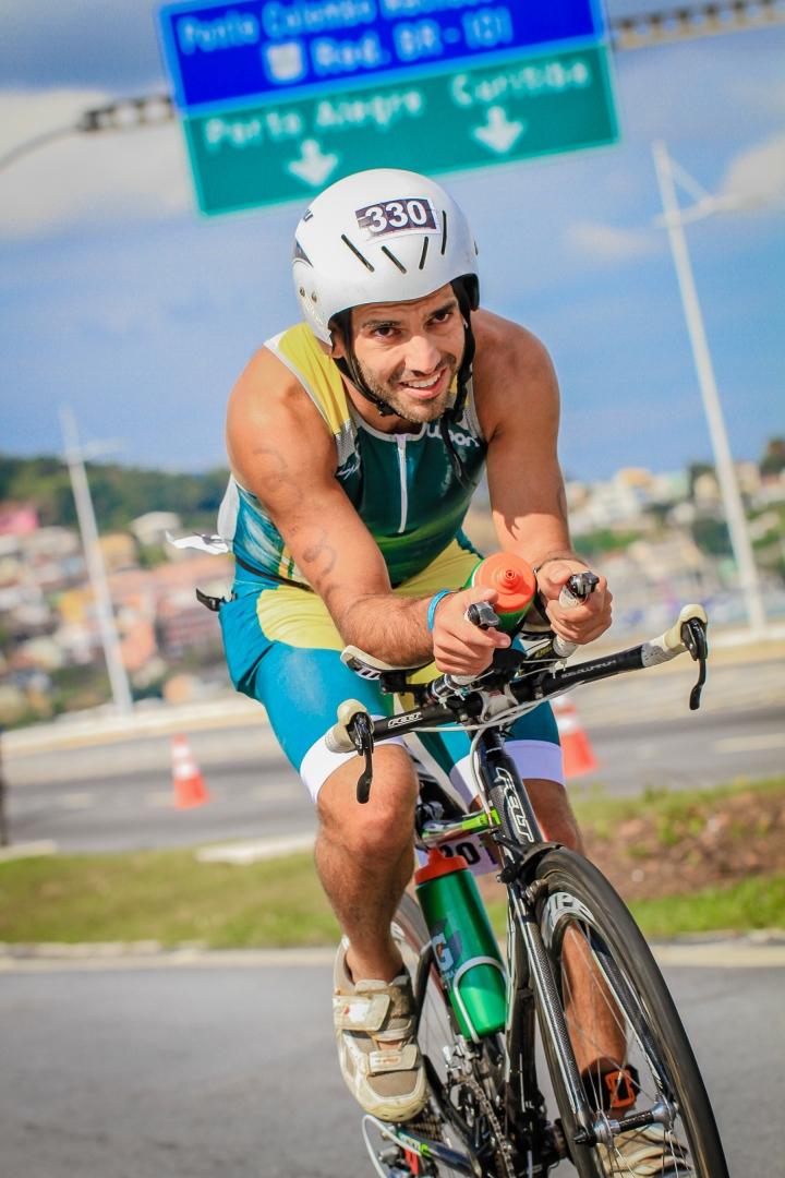 Voa, Paulo Henrique! Digo, pedala/nada/corre!!!!