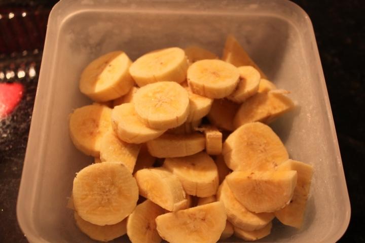 Elas, as bananas.