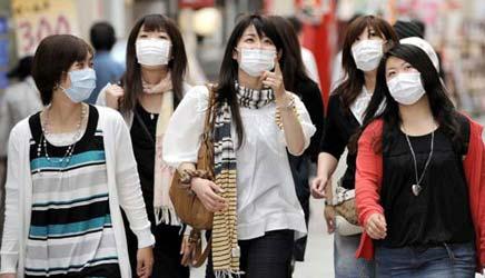 Se eu pegar um voo com japoneses ninguém vai perceber que eu tô de máscara!