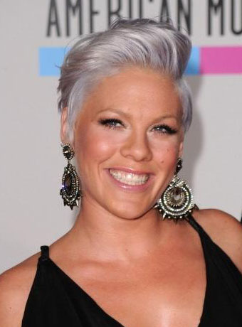 pink_grey_short_hair_84925_83146